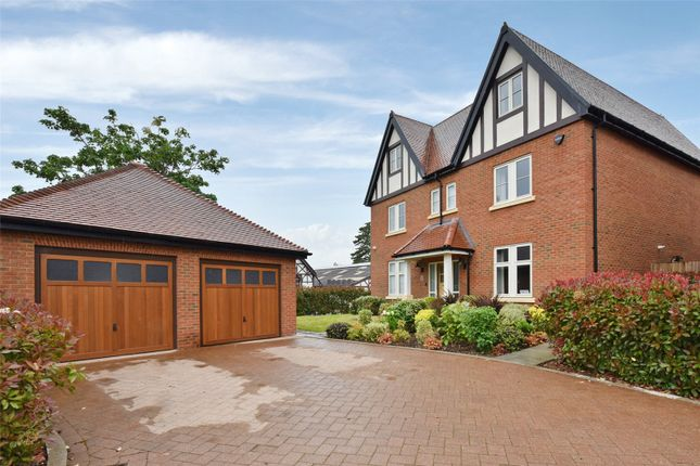 Thumbnail Detached house to rent in Rutland Close, Taplow, Maidenhead, Berkshire