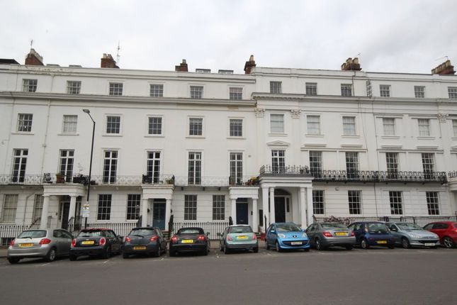 Thumbnail Flat to rent in Clarendon Square, Leamington Spa