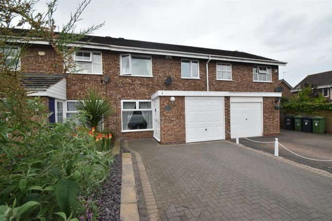 Thumbnail Terraced house for sale in Stouton Croft, Droitwich