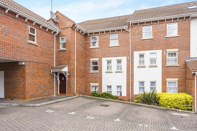 Thumbnail Flat for sale in Mary Court, Chatham