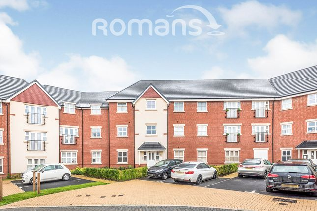 2 bed flat to rent in Draper Close, Andover SP11