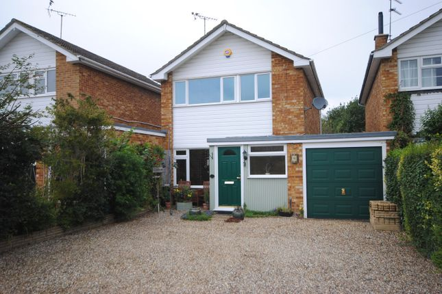 Thumbnail Link-detached house for sale in Sunrise Avenue, Chelmsford