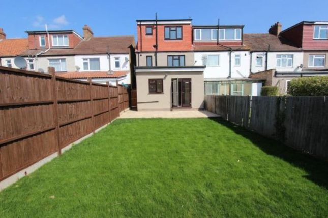 End terrace house for sale in Middle Road, London