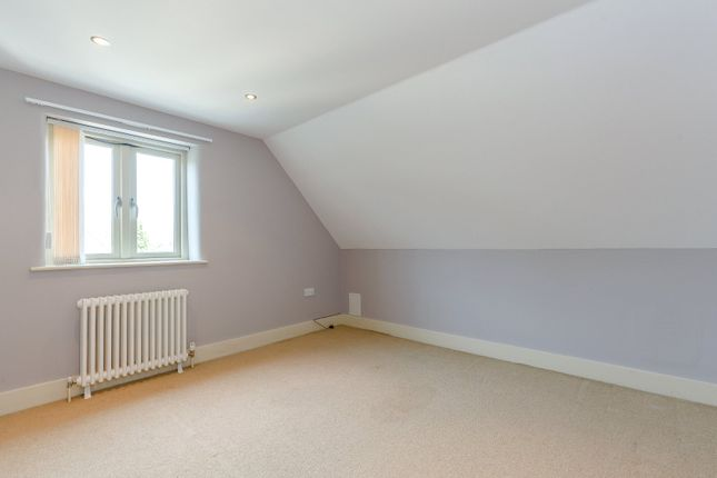 Bedroom of St Lawrence Road, South Hinksey, Oxford OX1