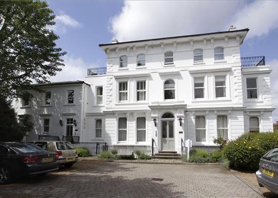 Thumbnail Flat for sale in Renshaw Court, Wimbledon Village, London