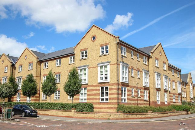 Thumbnail Flat to rent in Chapman Way, Haywards Heath