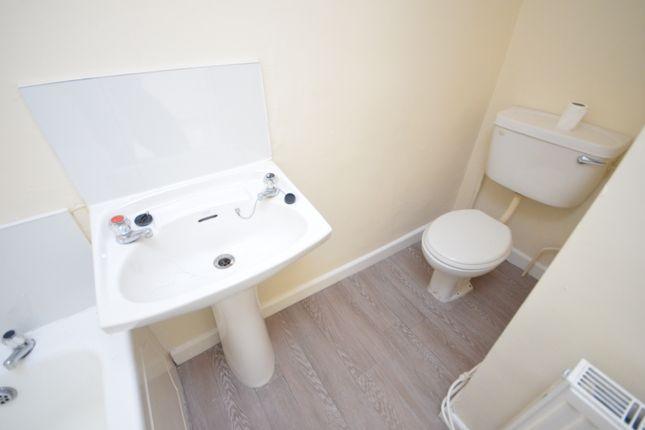Family Bathroom of Lloyd Street, Darwen BB3