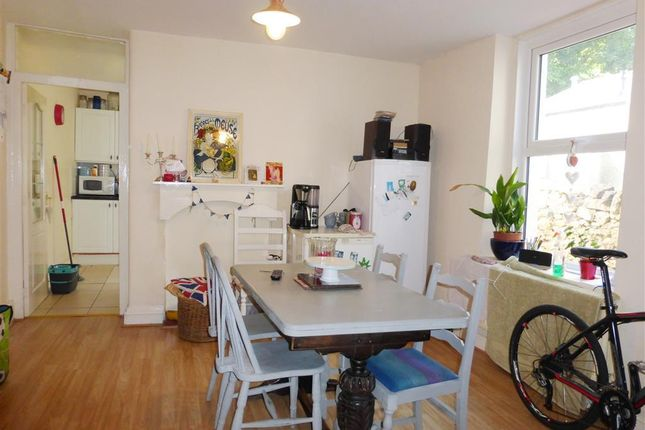 Thumbnail Property to rent in Windsor Road, Torquay