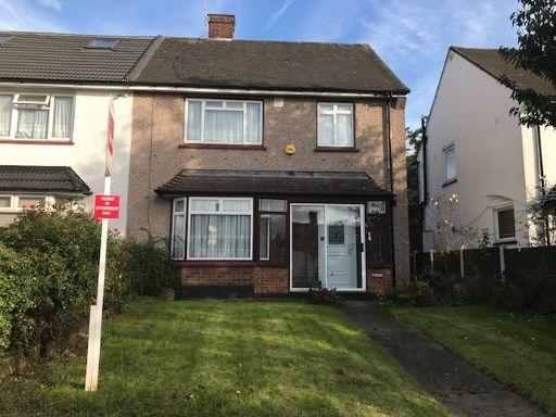 Thumbnail Semi-detached house for sale in Woodford, Green, Essex