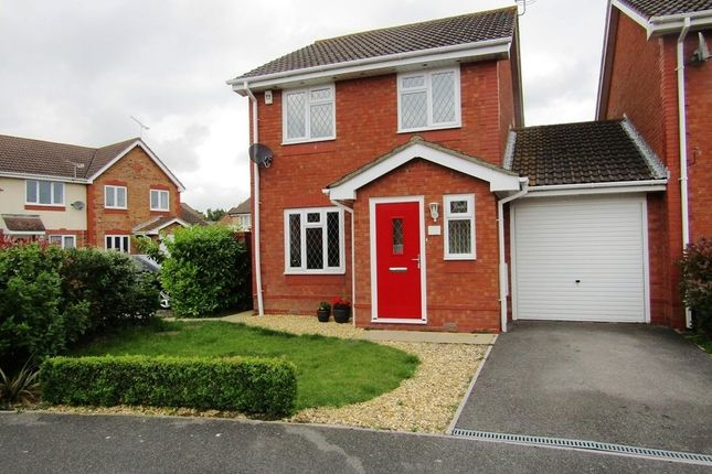 Thumbnail Link-detached house for sale in Wainwright Gardens, Hedge End, Southampton