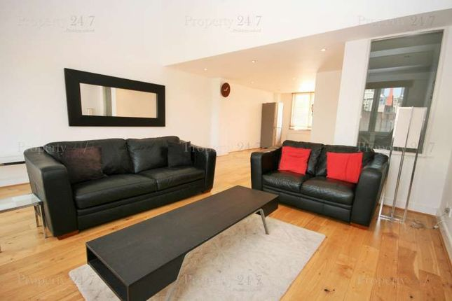 Thumbnail Terraced house to rent in Three Colt Street, London