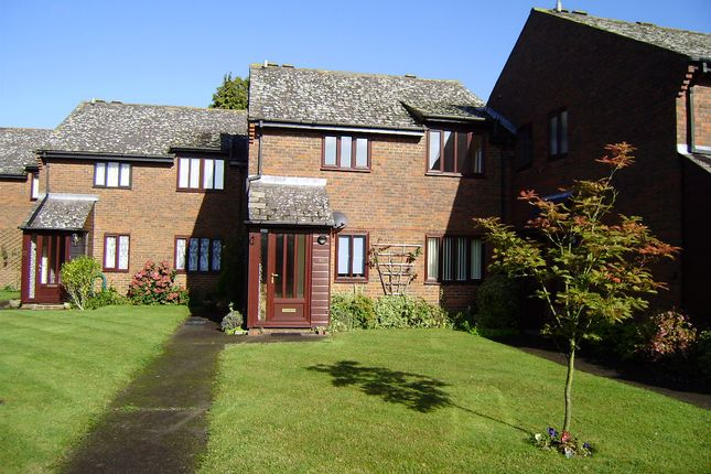 Thumbnail Flat to rent in Chiltlee Manor, Liphook