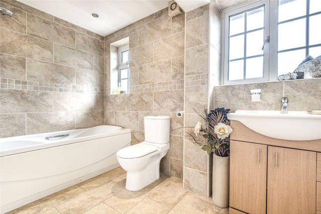 Bathroom of Queens Avenue, London N20