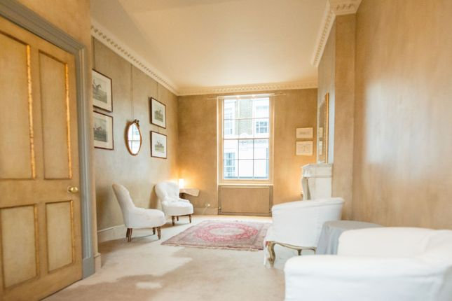 Thumbnail Terraced house to rent in Hanover Gardens, Oval