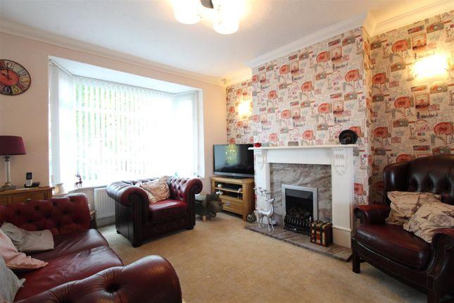 Living Room of Gillshill Road, Hull HU8