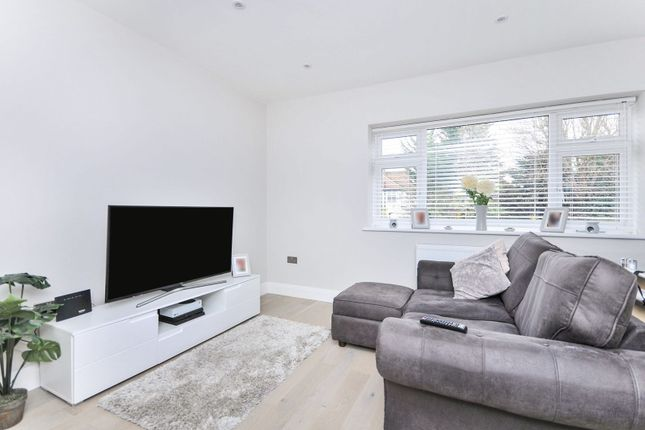 2 bed flat for sale in Marion Crescent, Orpington BR5