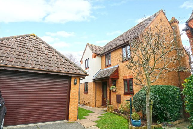 Thumbnail Detached house for sale in Alderwood Way, Hadleigh