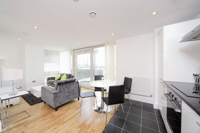 1 bed flat to rent in Distillery Tower, 1 Millbank Lane, Deptford, London
