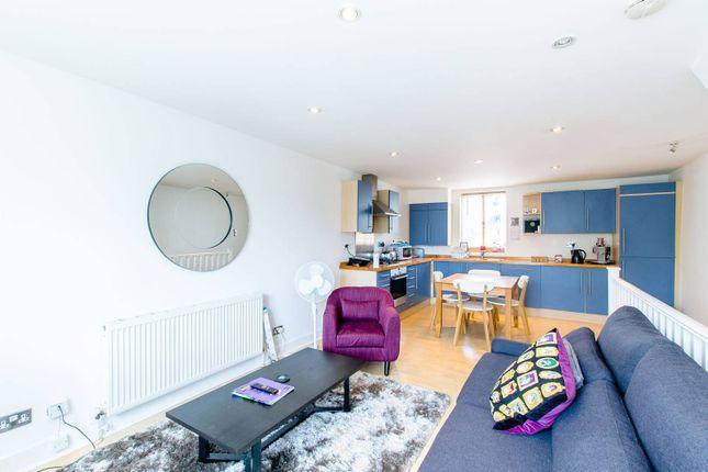 2 bed flat to rent in Chalk Farm Road, Chalk Farm