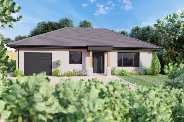 Thumbnail Bungalow for sale in Clay Street, Whiteparish, Wiltshire