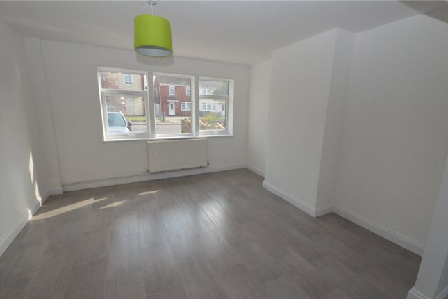 Living Room of Frobisher Drive, Swindon, Wiltshire SN3