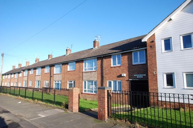 1 bed flat for sale in Kenton Road, Gosforth, Newcastle Upon Tyne NE3