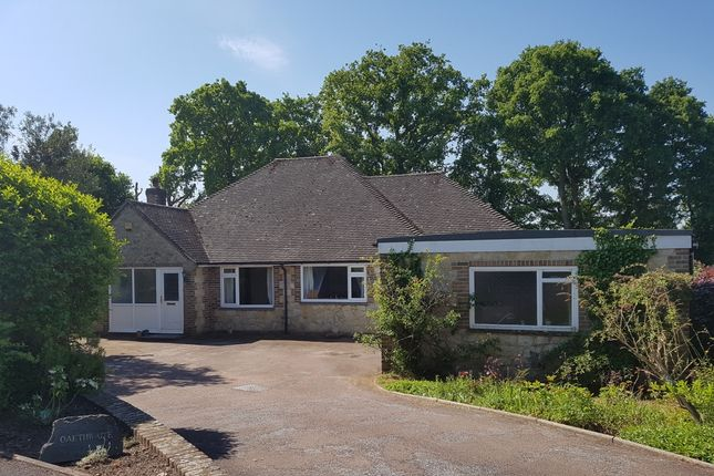 Thumbnail Bungalow to rent in Foxfields, West Chiltington, Pulborough