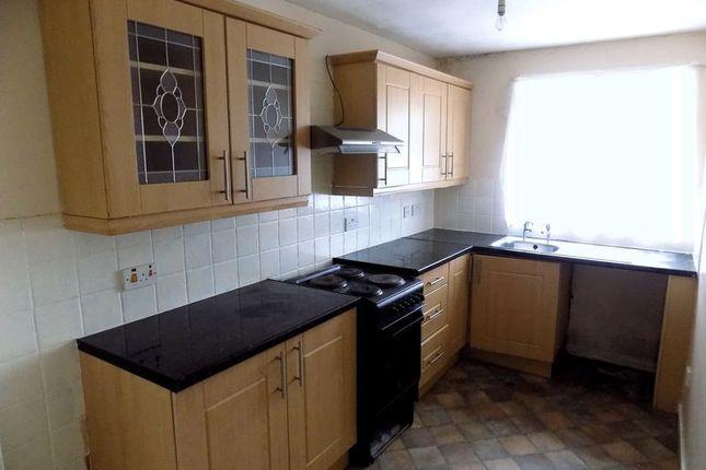 Kitchen of Avenham Way, Bradford BD3