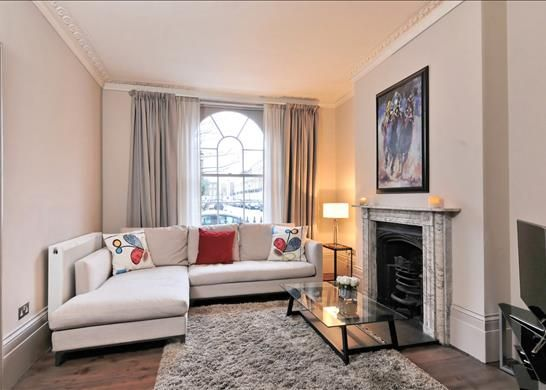 Thumbnail Terraced house to rent in Gibson Square, Islington, London