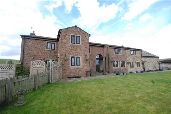 Thumbnail Detached house to rent in Birdsfield Farm, Ashworth Valley, Norden