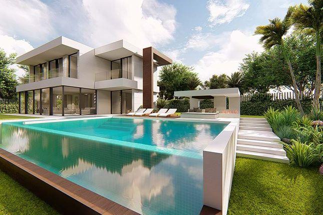 4 bed villa for sale in Málaga, Spain