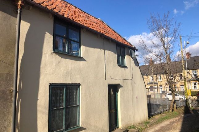 Thumbnail Cottage to rent in London Road, Calne