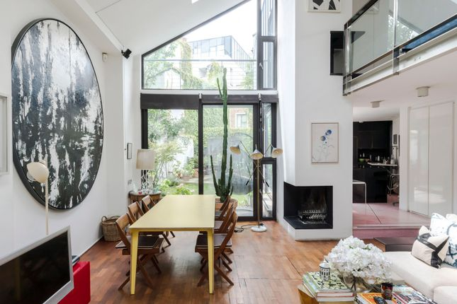 Thumbnail Town house to rent in Greenside Road, London