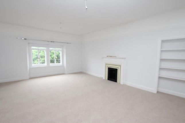 Thumbnail Flat to rent in Victoria Square, Clifton, Bristol