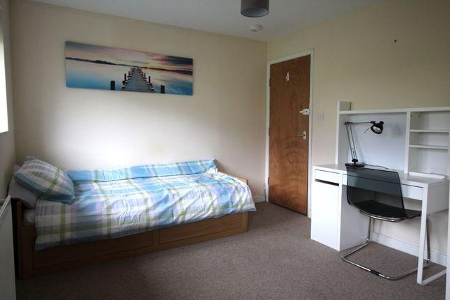 Studio to rent in Walpole Road, Winchester
