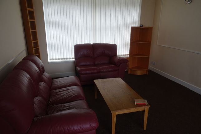 Thumbnail Bungalow to rent in Snape Drive, Bradford, West Yorkshire