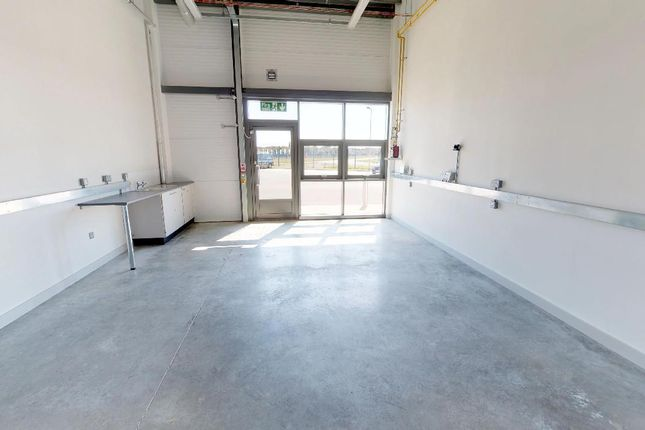 Thumbnail Commercial property to let in Meteor Way, Lee-On-The-Solent