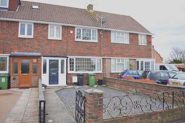 Thumbnail Property to rent in Lealand Road, Drayton, Portsmouth