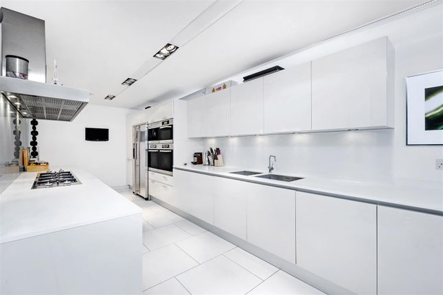 Kitchen (2) of The View, 20 Palace Street, Westminster, London SW1E
