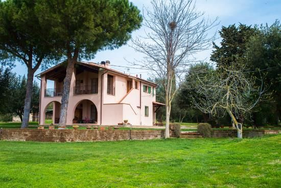 Thumbnail Farmhouse for sale in Orbetello, Orbetello, Grosseto, Tuscany, Italy