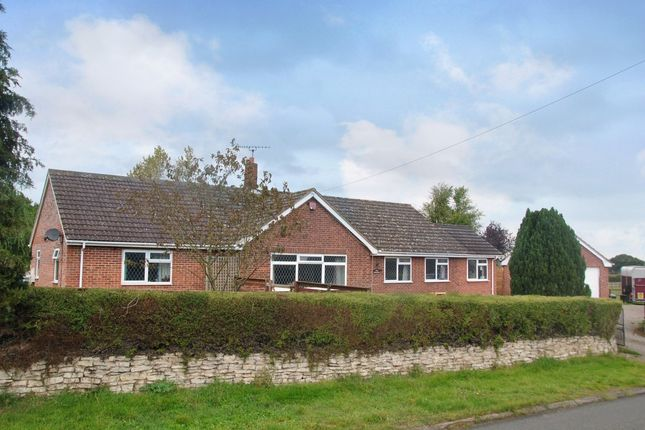 Thumbnail Detached bungalow for sale in Hill View Road, Strensham, Worcester