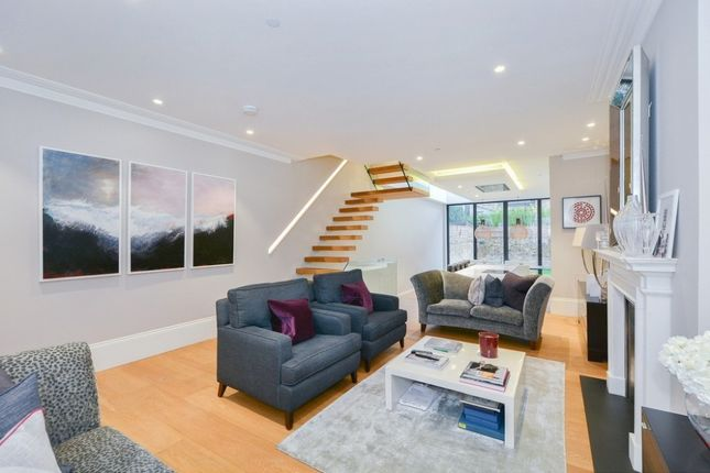 Thumbnail Property to rent in Courtnell Street, Notting Hill
