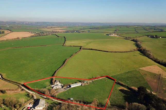 Thumbnail Barn conversion for sale in Trevisquite, St Mabyn