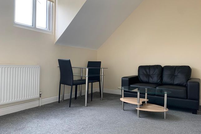 1 bed flat to rent in Curzon Avenue, Longsight, Manchester M14