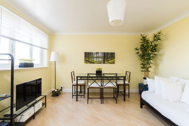 Thumbnail Flat for sale in Cranbrook Lane, London
