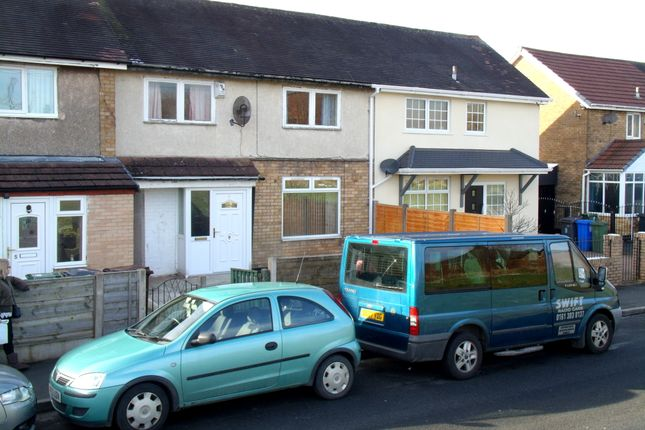 Thumbnail Town house for sale in Dawlish Close, Hattersley