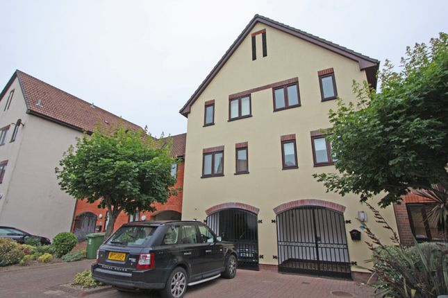 Thumbnail Town house for sale in Newlyn Way, Port Solent, Portsmouth