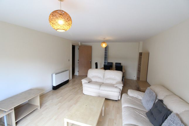 Thumbnail Flat to rent in Westfield Terrace, Sheffield, South Yorkshire