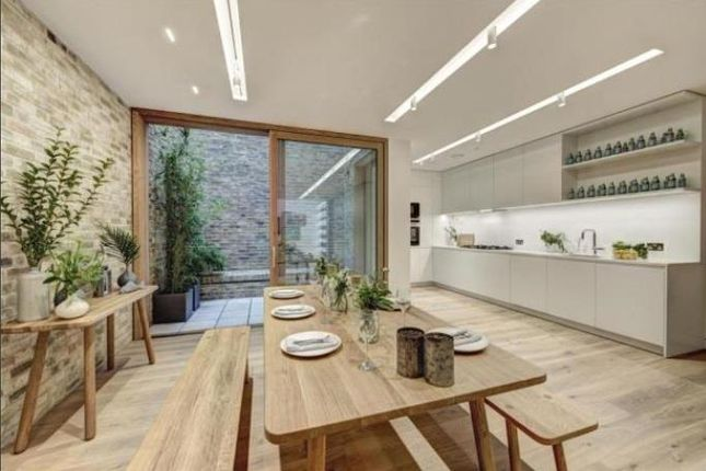 Thumbnail Town house to rent in Bingham Place, Marylebone
