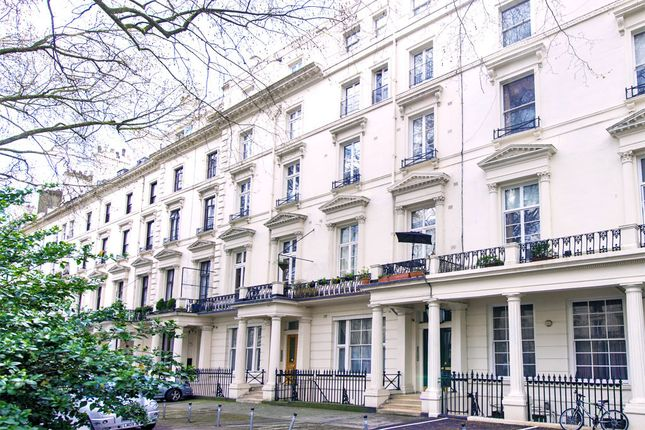 2 bed flat to rent in Westbourne Terrace, Bayswater, London